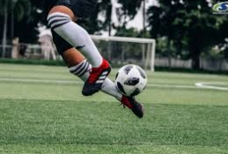 การแข่งขัน ฟุตบอลยูโร 2020 ท้ามฤตยูท่ามกลางวิกฤตโควิด 19